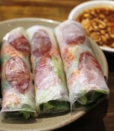 footscrayfoodtour-vietnamese-ricepaper-rolls-2.jpg